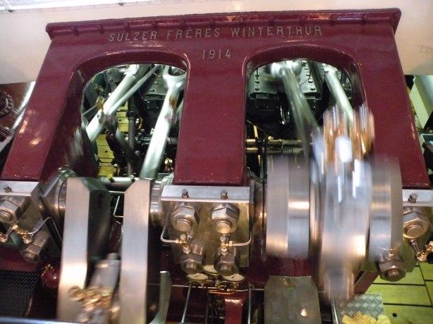 Mecanism ce pune in miscare vaporul