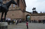 Coadă la bilete continuare. :) Museumsinsel, Berlin. Nov. 2013 Photo: ©Slowaholic