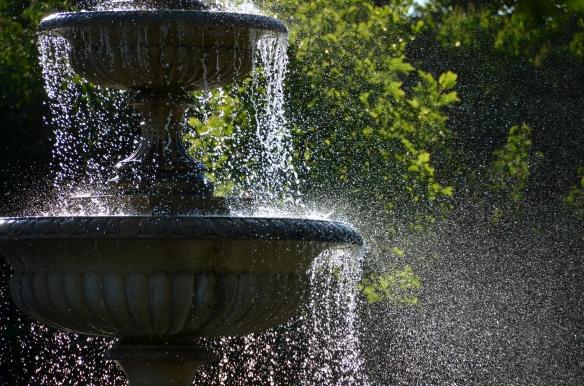 The fountain of joy.  Regent's Park, London. June 2012 Photo: ©SLOWAHOLIC