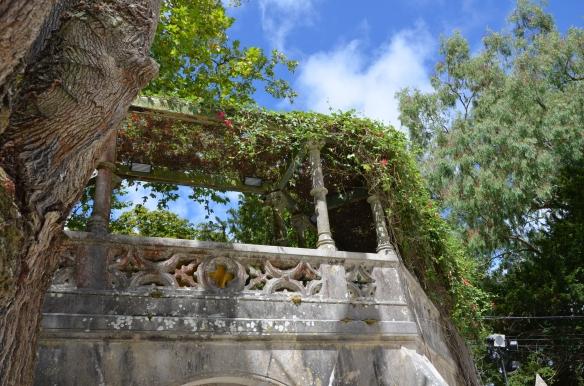 Un colț de paradis.  Quinta da Regaleira, Sintra, Portugalia.  Photo: ©SLOWAHOLIC