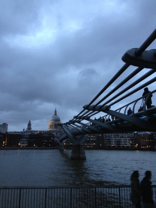 Evening falling. St Paul's Cathedral & Millennium Bridge. Jan. 2014 Photo: ©SLOWAHOLIC