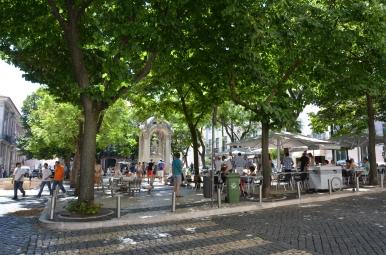 Largo do Carmo, Lisboa. Foto: ©Slowaholic