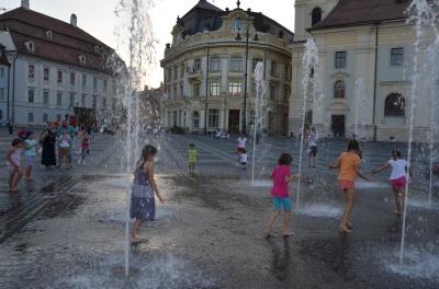 Piața Mare, Sibiu, România. July, 2014 Photo: ©Slowaholic