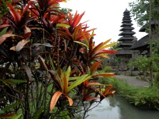 Bali, Indonesia. Temple. Photo: ©SLOWAHOLIC