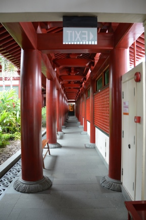 Pe acoperiș. On the roof. Buddha Tooth Relic Temple & Museum, Singapore Photo: ©Slowaholic