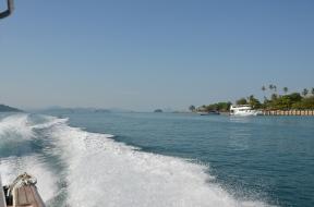 Speed boat from Phuket to Phi Phi. Photo: ©Slowaholic