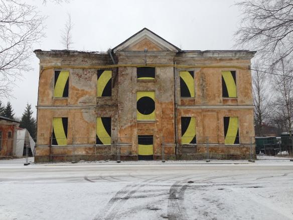 "Clădire abandonată vis-a-vis de ""Lennusadam"" (Seaplane Harbour Museum). Tallinn, Estonia. Foto: ©Slowaholic"