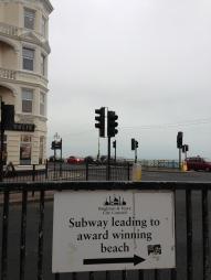 Acces subteran către plajă. Brighton, UK. Ian. 2014. Foto: ©Slowaholic