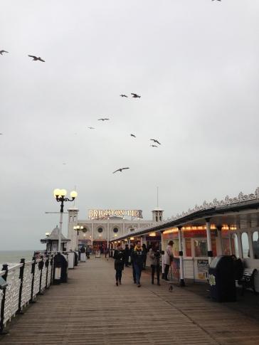 Pe ponton. Brighton, UK. Ian. 2014. Foto: ©Slowaholic