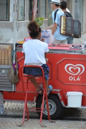 Icecream seller. Lisbon, Portugal. 2012. Photo: ©Slowaholic