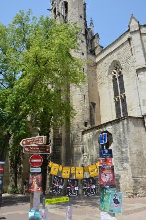 Avignon pregătit pentru Festivalul de Teatru. Foto: ©Slowaholic